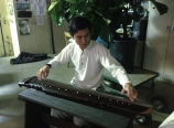Bohan playing the guqin