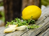 Garlic, lemon, thyme