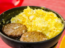 Scrambled eggs and veggie sausage