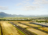 Flying over Lihu'e Airport