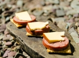 Smoked gouda, beef summer sausage, triscuits
