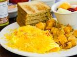 Breakfast at the Wawona Hotel